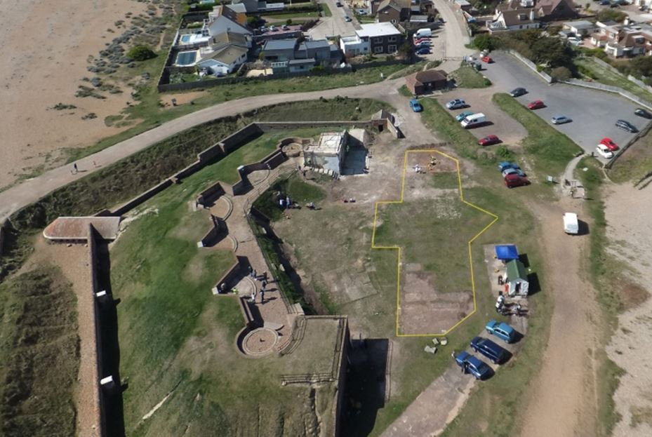 Shoreham Fort as above, present day, with the barrack block outlined.