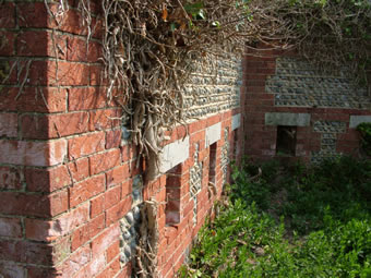 Littlehampton Fort's walls
